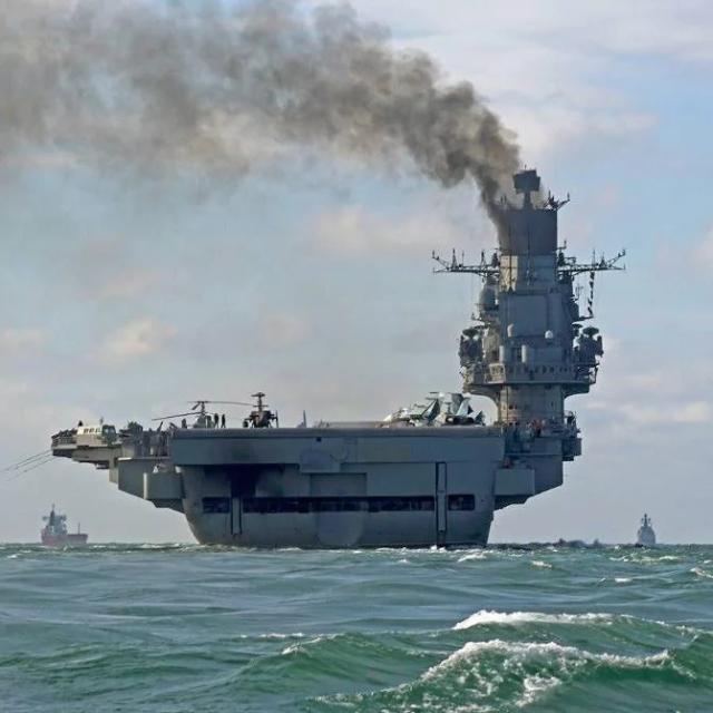 111742159_russian_ship_2-large_trans_nvbqzqnjv4bq3n7d-t5nvtqpqma80phh6zzrtagtby9irazzjctlknc